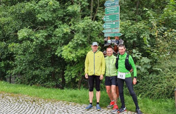 Die spinnen! 168 Kilometer nonstop über den Rennsteig